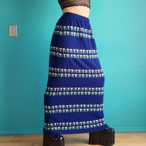 VTG 70s Tulip Maxi Sweater Skirt sz M